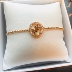🌻 Michael Kors rose gold bracelet